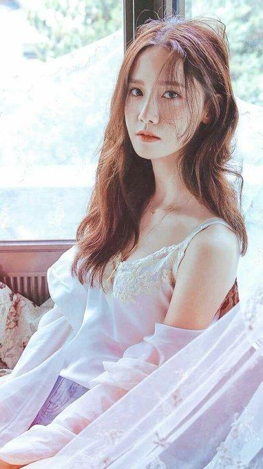Happy birthday to this sweetheart Im Yoona