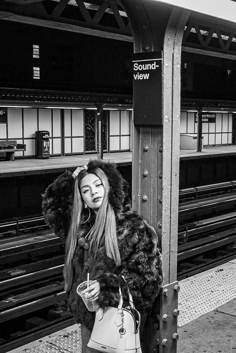 #blackandwhite #bnw #monochrome #instablackandwhite #bwstyleoftheday #monotone #monochromatic #bnw_society #bw_lover #bw_photooftheday #photooftheday #bw  #instagood #bw_society #bw_crew #bwwednesday #noir #insta_pick_bw #bwstyles_gf #irox_bw #igersbnw #fineart_photobw #monoartpic.twitter.com/sKSM2si82b