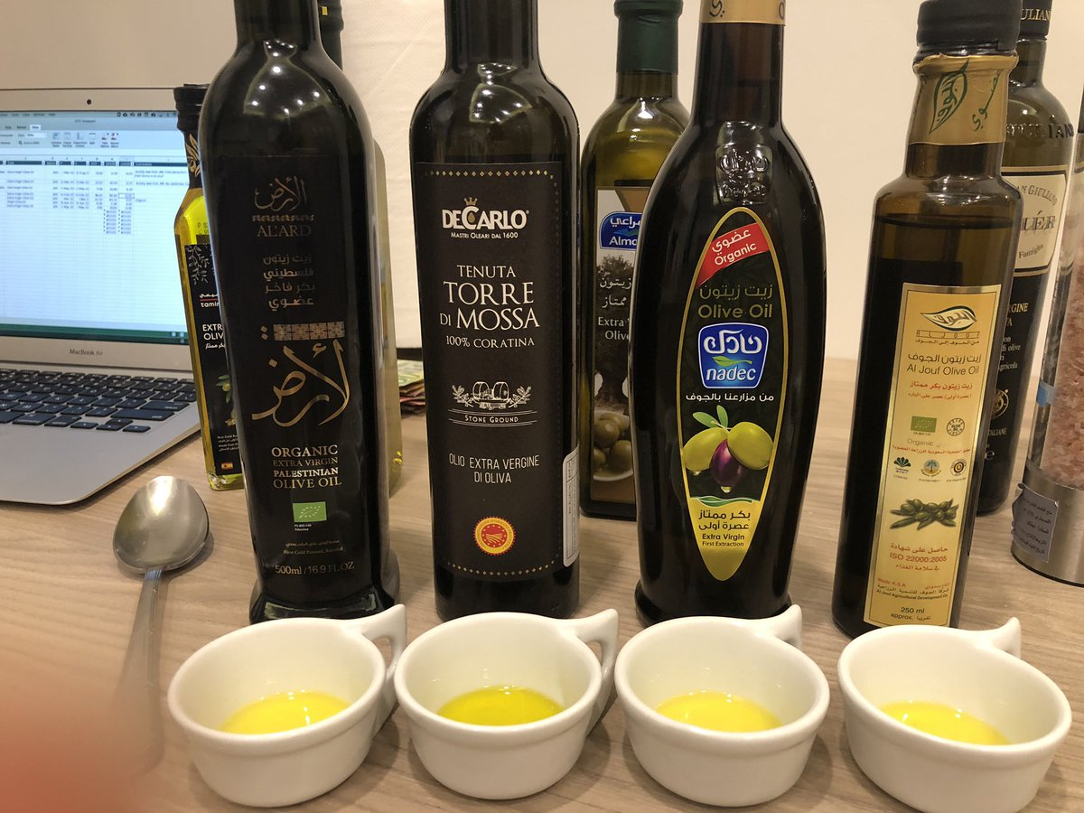 Over Eid vacation, I did blind taste tests with my family of different olive oils from #Saudi, Italy, Spain, Tunisia, and Palestine.   The Saudi oil from Jouf was really good! Bravo. I really want to visit an olive farm there and learn more. pic.twitter.com/qQFUVfCdA0