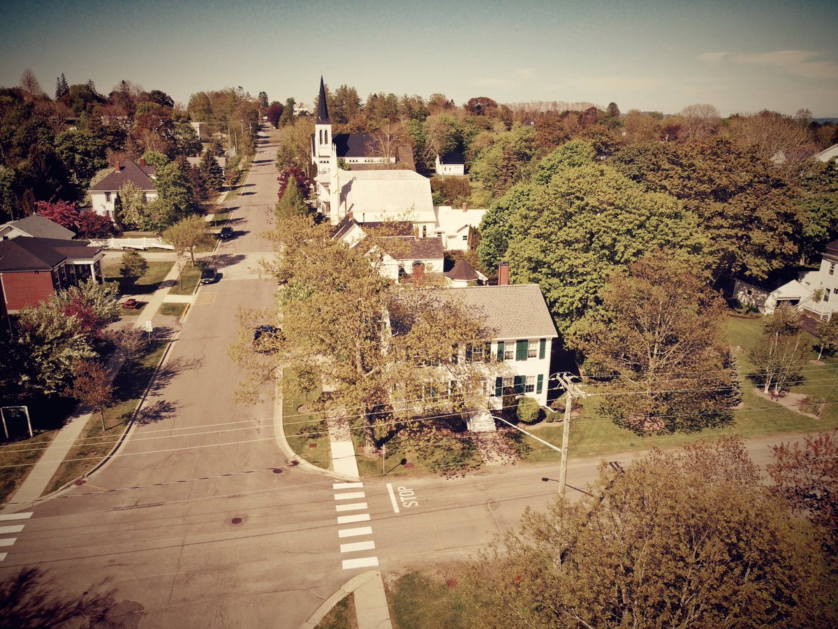 Saint Andrews, New Brunswick #saintandrewsbythesea #newbrunswickcanada #drone #dronephotography #djimavicmini #djiglobal #uav #quadcopter #landscape #landscapephotographypic.twitter.com/GNzerWaCaa