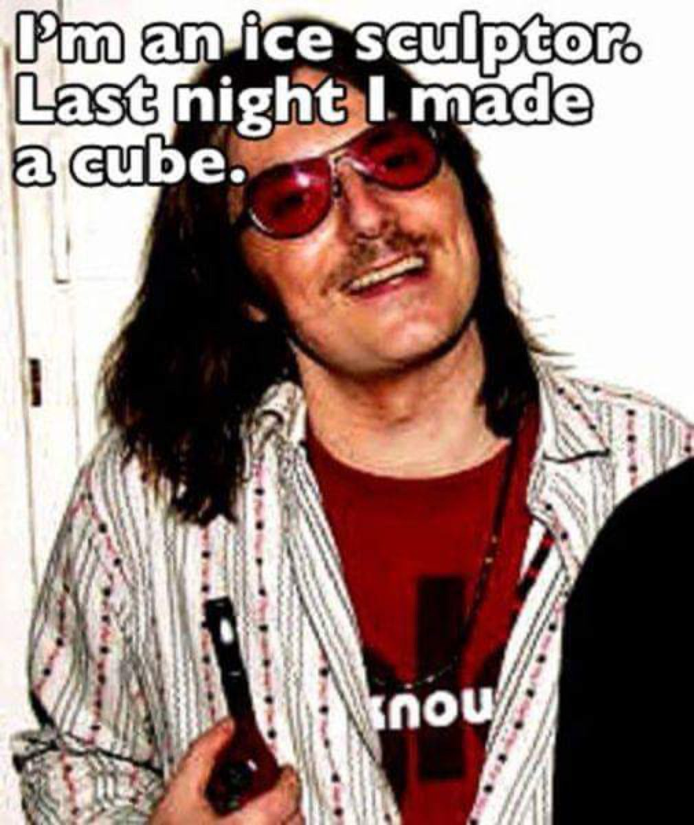 It's the little things…  #MitchHedberg #humor pic.twitter.com/aiIXL2z84C