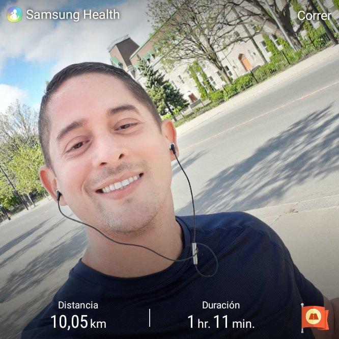 Running  #RunningMan #Montreal pic.twitter.com/rkaQeHqdqS