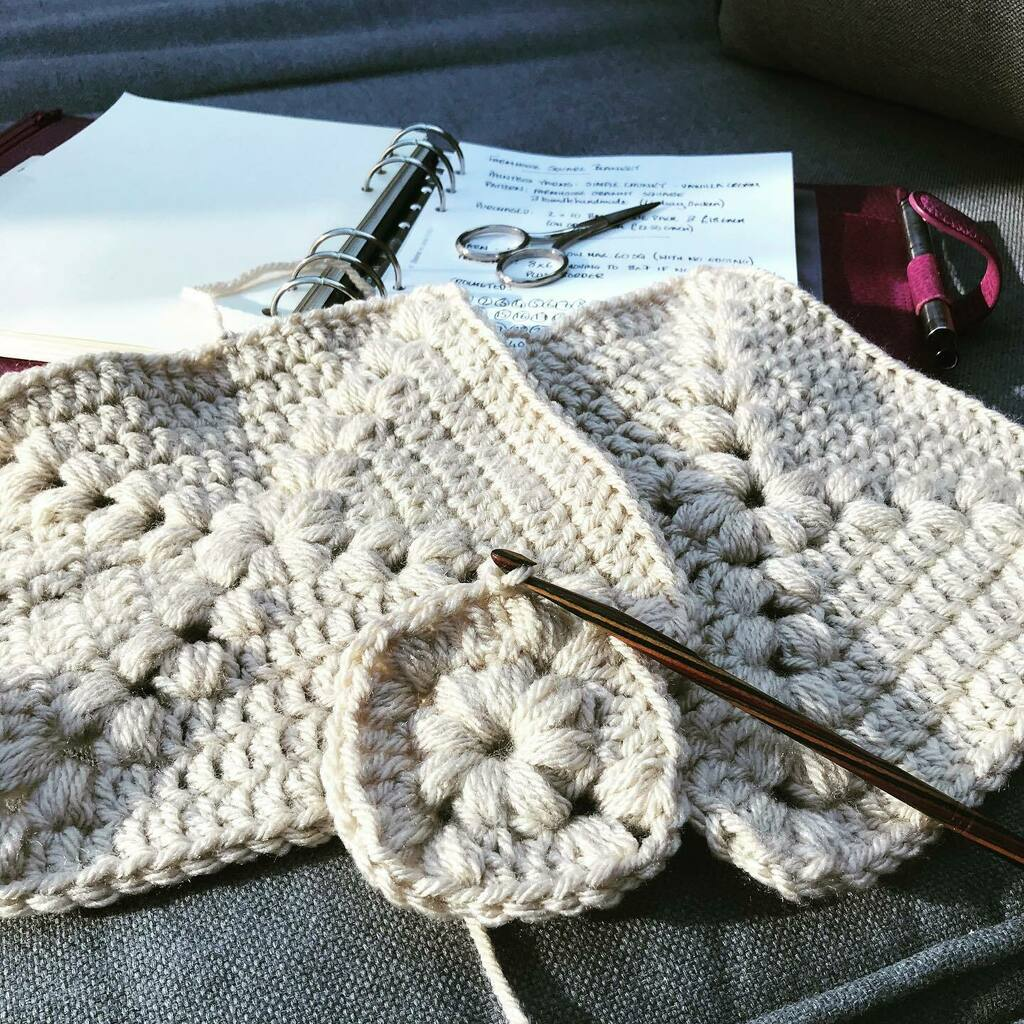 No. 32 of 48 complete, and no. 33 on the way  . . #sunshine #crochet #crochetersofinstagram #saturday #blanket #paintboxyarns #farmhousegrannysquare #bundlehandmade #lockdownproject https://instagr.am/p/CA0MPTGn68t/pic.twitter.com/mJrzpGAC7O