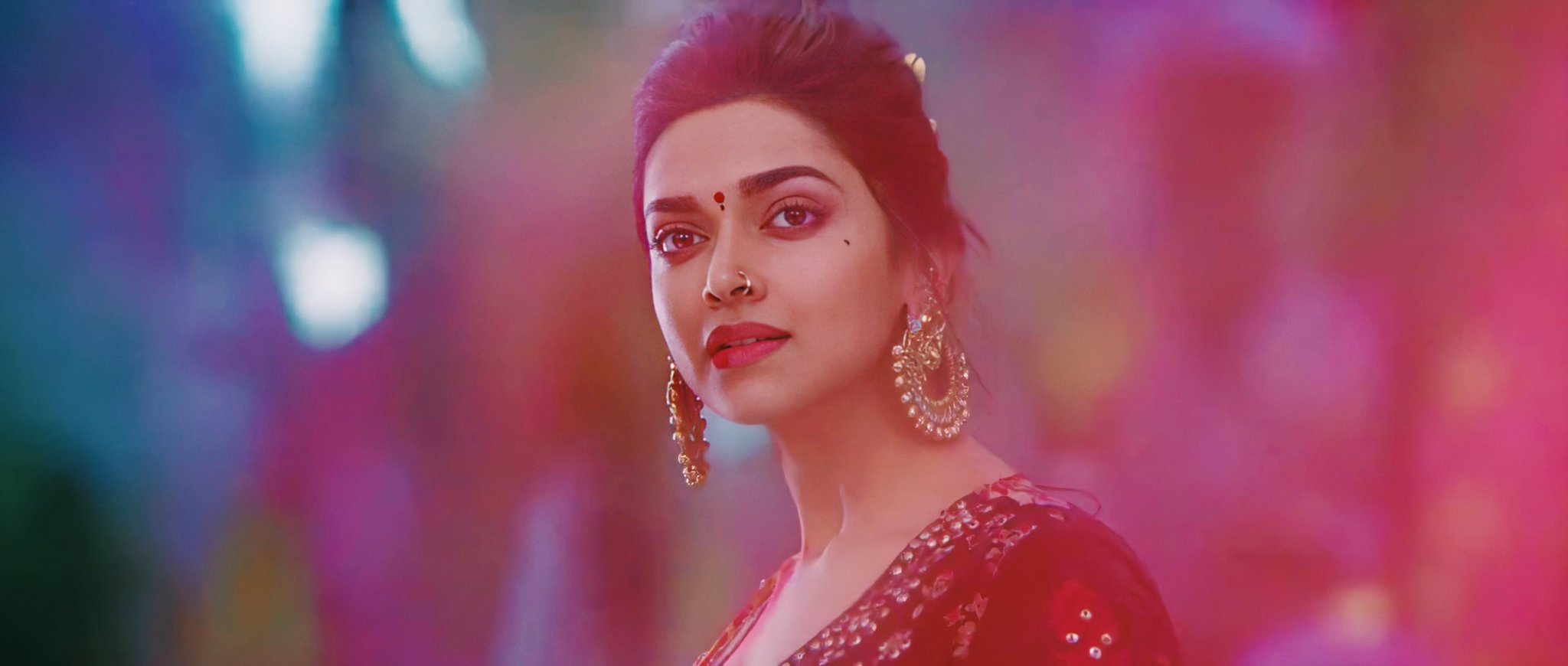 Deepika Padukone  IMAGES, GIF, ANIMATED GIF, WALLPAPER, STICKER FOR WHATSAPP & FACEBOOK