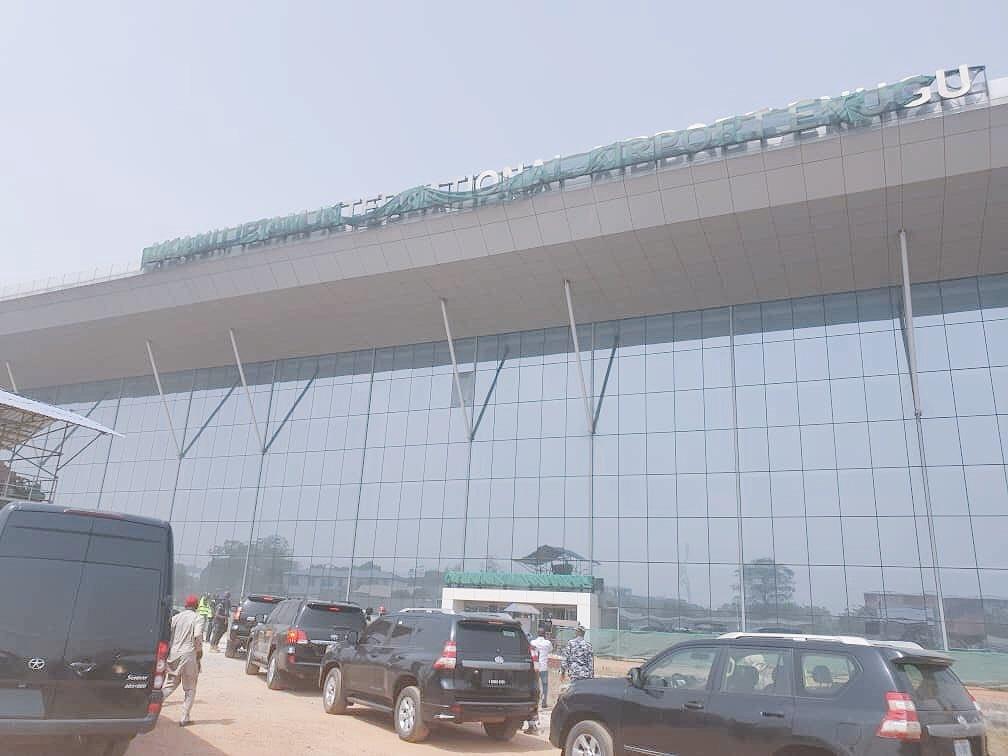 Few months ago, President Muhammadu Buhari approved N10 billion for renovation and transformation of Enugu International Airport, Southeast Nigeria.  STATUS: Almost Ready.  PMB hate Igbos😭🤦♂️ https://t.co/eRUo3hW89w