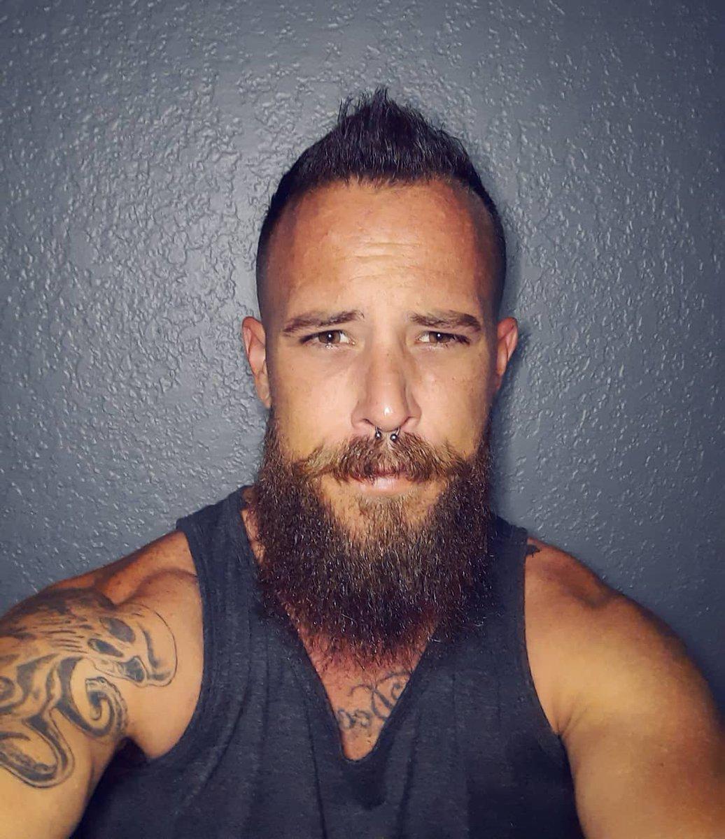 Do not Pray for an Easy Life, Pray for the Strength to Endure a Difficult One. •BL • • • #beard #beards #bearded #beardeddad #beardedveteran #beardsandtattoos #beardsofinstagram #tattoo #tattoos #tattooedmen #beardedmen #floridalife #saturdayvibes #livebearded #stayswollpic.twitter.com/NubIK5xkG5