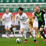 Image for the Tweet beginning: Sieg in Wolfsburg: Frankfurt gelingt