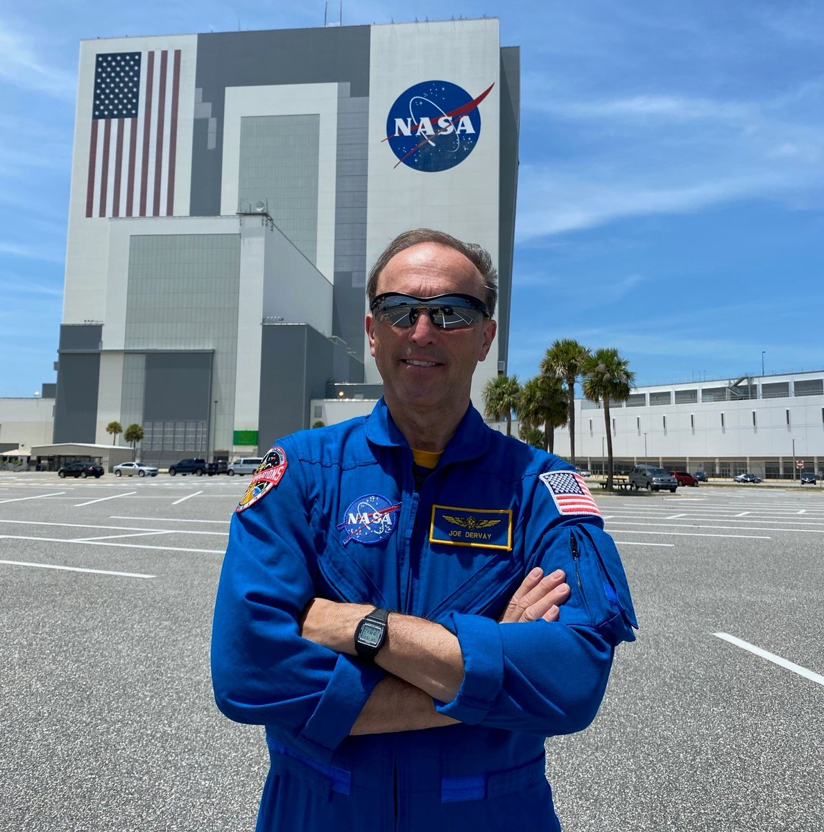 Keep an eye out for brother Joe Dervay (Cornell '77) as he has the privilege to serve as one of two Flight Surgeons supporting the NASA - SpaceX historic mission. The launch attempt will be at 3:22 p.m. EST from NASA's Kennedy Space Center in Florida. pic.twitter.com/vqRpzE0PSA