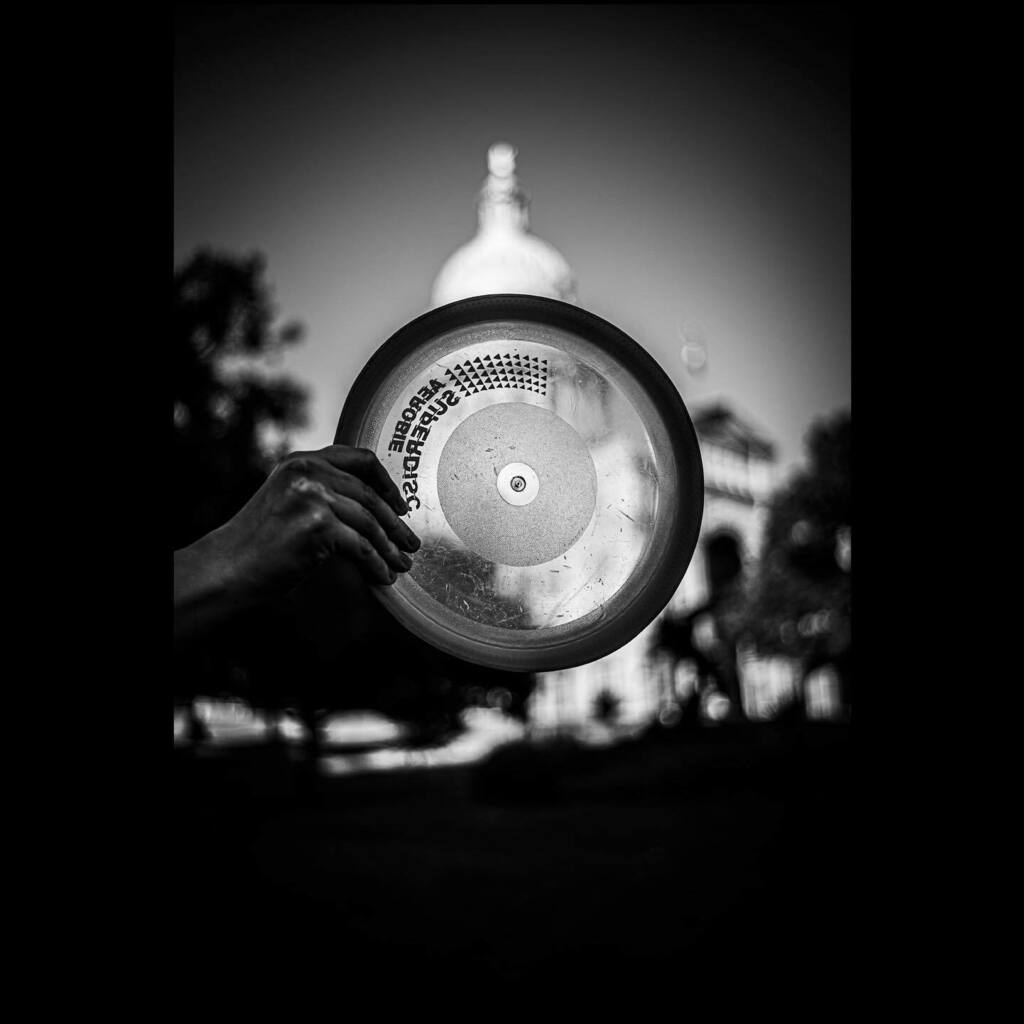 Frisbee at Capitol, 2020 * * * * *  #streetphotography #streetphotographer #streetphotographyinternational #streetphotography_bw #streetphoto #blackandwhitephotography #blackandwhite #blackandwhitephoto #bnwphotography #bnw_captures #bnwmood #bnwphoto #b… https://instagr.am/p/CA0VXyxlk-3/ pic.twitter.com/OKBVmtSmp0