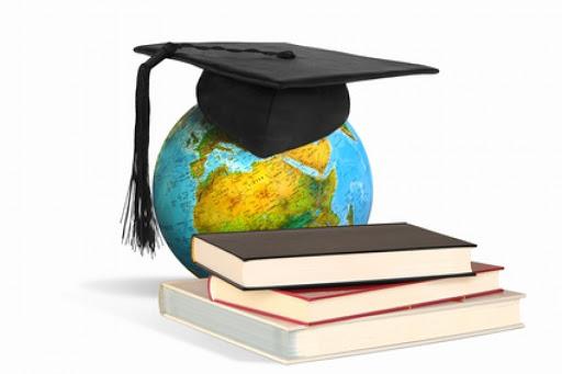 🎓Las #universidades rusas están esperando a #estudiantes de #AmericaLatina y #España en el nuevo formato de admisión '#online' debido a la situación epidemiológica. ↪️https://t.co/BnRHAwxgDE https://t.co/F8Qy0tp6Gm
