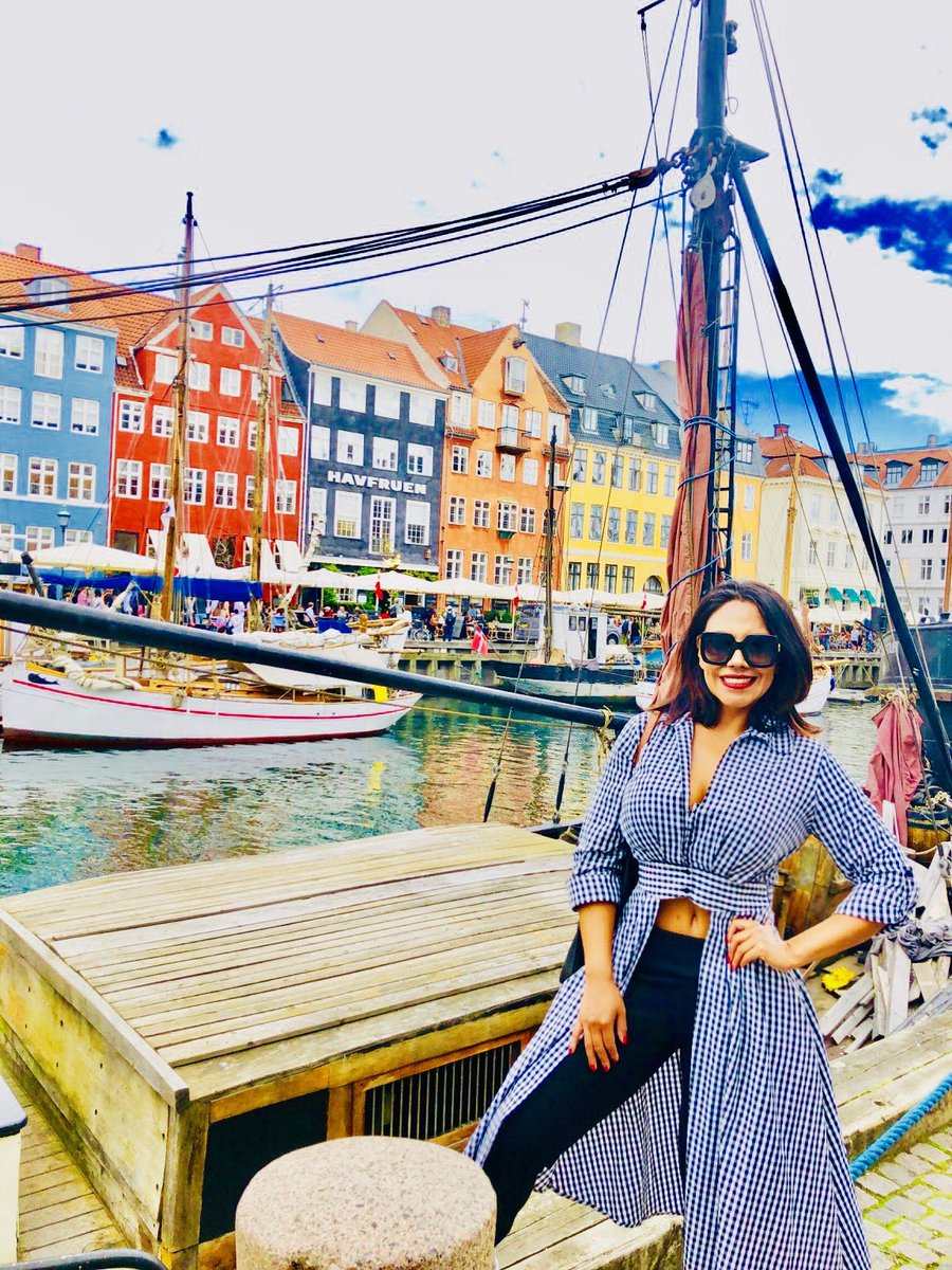 """I have led a pretty colorful life.""  - Corey Feldman  Picture: Copenhagen, Denmark, 2019.   HAVE A COLORFUL WEEKEND       💙💚💛🧡❤️💜💖💙💚  #wanderlust #colorful #traveler #voyager #memories #colors #architecture #Copenhagen #Denmark #BalticSea #Baltic #blessed #thankful"