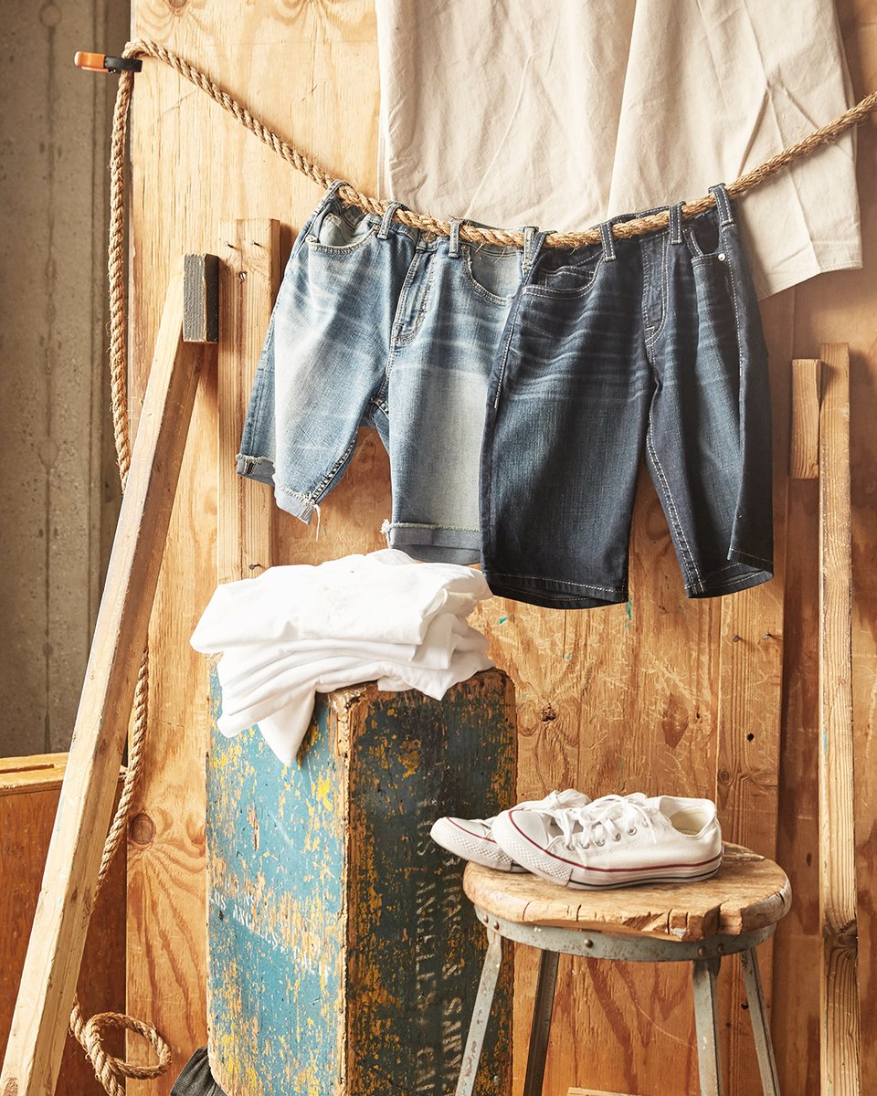 His closet for the next 3 months. . . . #SilverJeans #JeanShorts #DenimShorts #Denim #Shorts #menstyle #mensfashion pic.twitter.com/kXpHMBtmxn