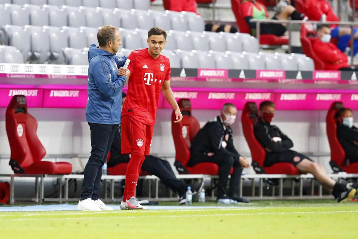 Bundesliga debut for Oliver Batista-Meier! 👏  #FCBF95 #MiaSanMia https://t.co/1rmqNR4TDw