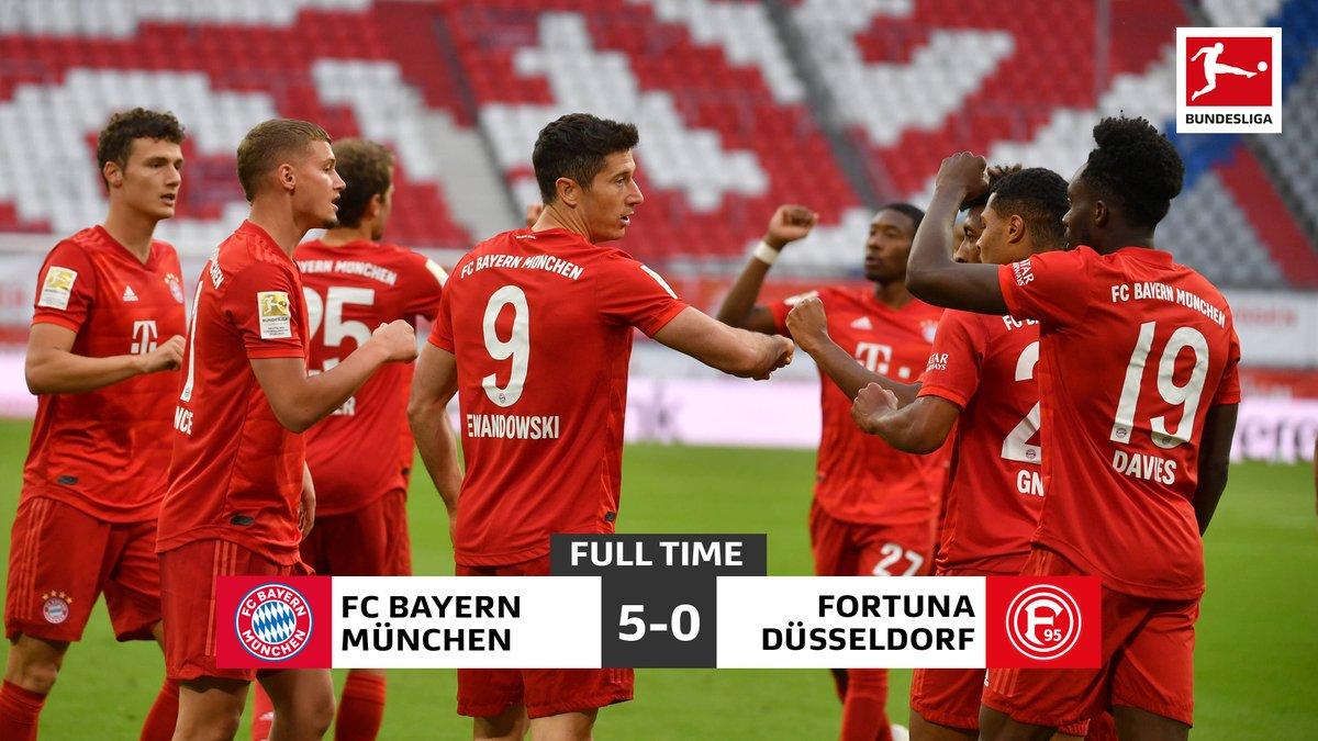 Rampant 👊  #Bundesliga #FCBF95 https://t.co/dOUk1tZaoB