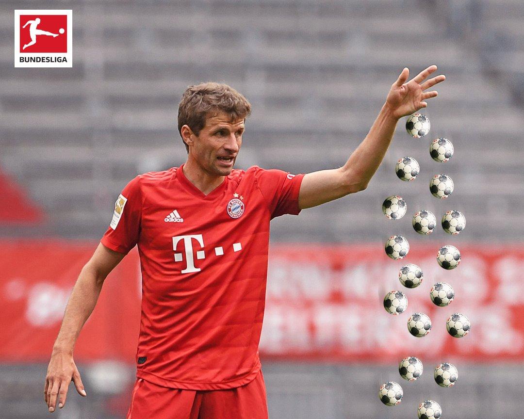 Abracadabra ✨   1️⃣8️⃣ assists and counting for Thomas Müller this season ⚽ https://t.co/pQXiduBZlF