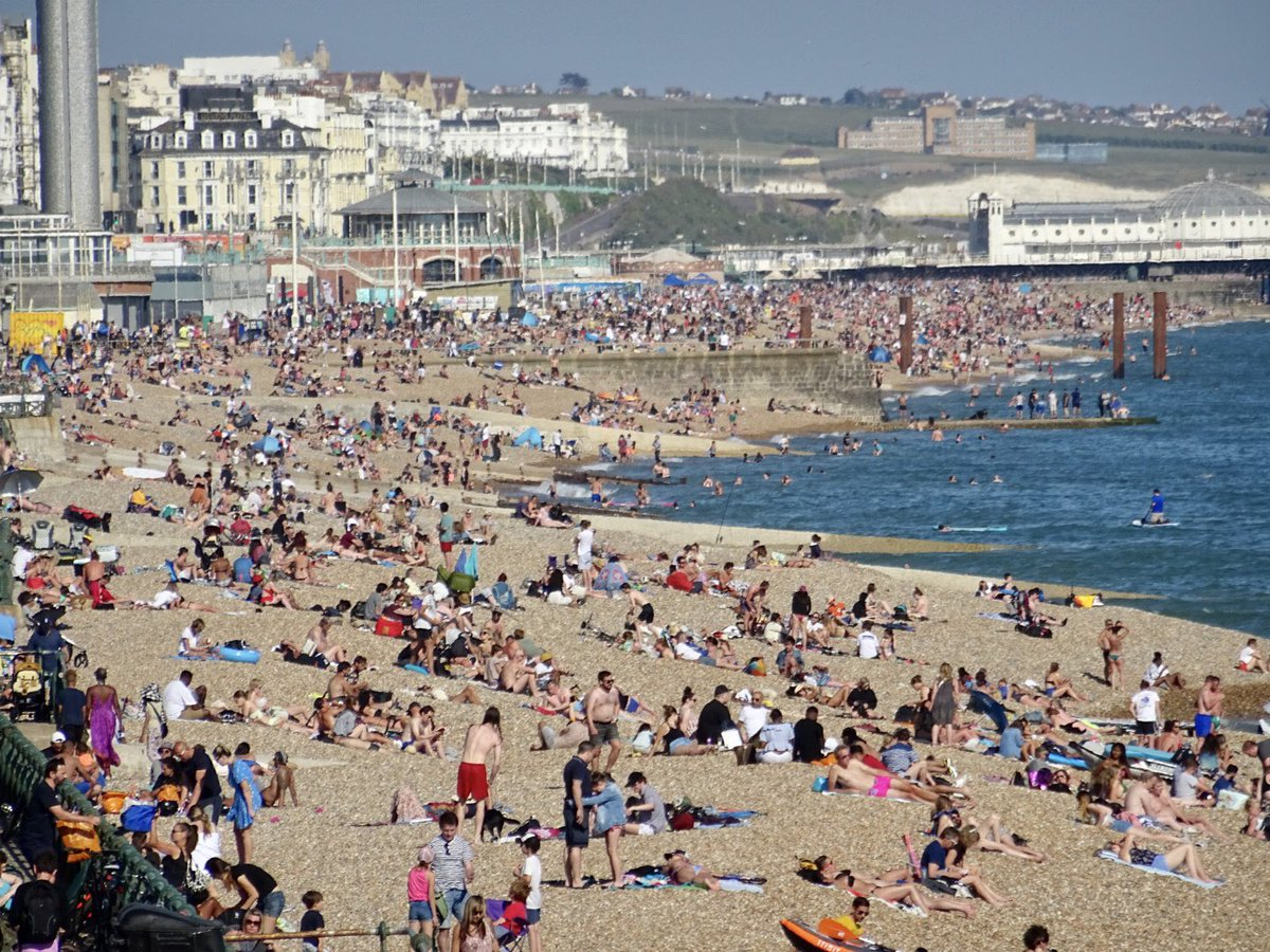 #Brighton and #Hove seafront has been packed today