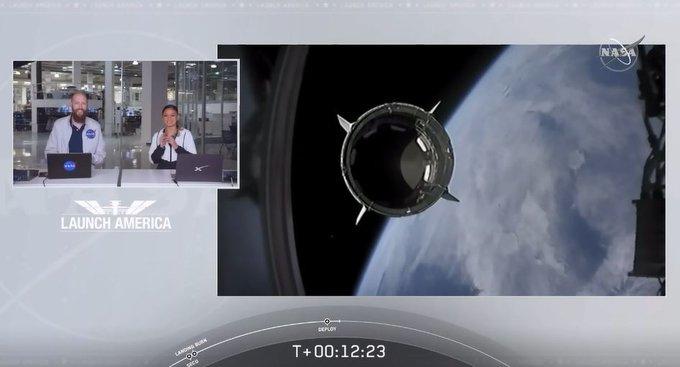 La Stazione Spaziale Internazionale EZSiVaRXYAYWts5?format=jpg&name=small