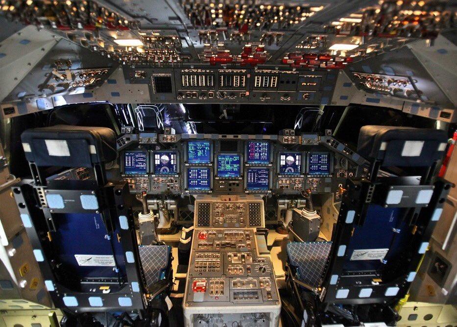 Cockpits: Space Shuttle vs. Dragon
