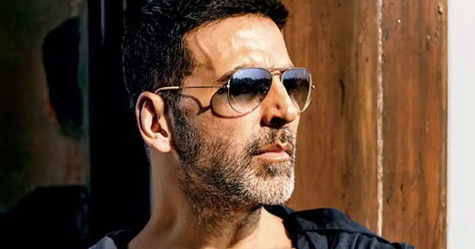 Akshay Kumar rubbishes rumours of casting for Filhall 2 https://bit.ly/2Xf2mzTpic.twitter.com/Jhqo4SwyvQ