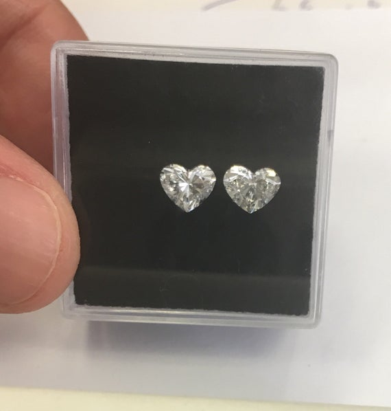 Pair matching Heart shape loose diamonds https://etsy.me/2Q9euyi #supplies #heartdiamond #loosediamond #giftforwomen #anniversarydaypic.twitter.com/vnyYJKFXPP