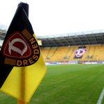 "Image for the Tweet beginning: Dynamo-Fans motivieren Mannschaft: ""Zusammen gegen"