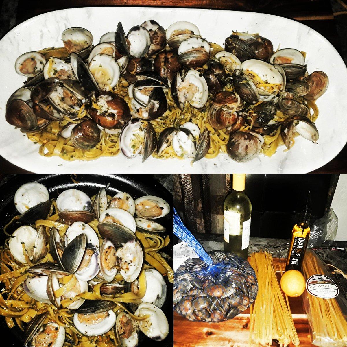 Artichoke & Lemon Tagliatelle with Clams in a Citrus Sangria Garlic Sauce.. oh Heaven on a Fork!!! #summertime #summerfood #sangria #tagliatelle #pasta #cheflife #chefsofinstagram #foodandwine #clams #seafood #italy#greece🇬🇷 #fresh #favorite ##lemon #artichoke #oliveoil  #idaros https://t.co/e1hMlgVFGo