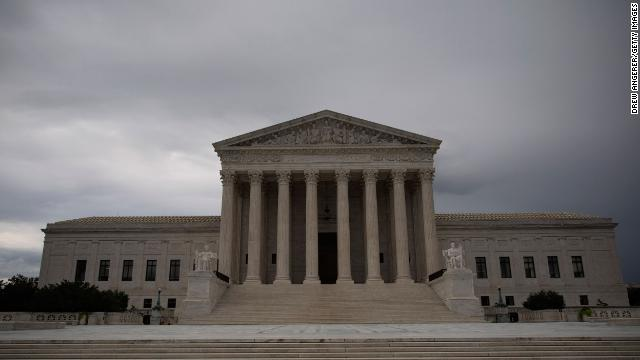 DACA, abortion and President Trump tax cases are still undecided as the end of the Supreme Court term nears  https:// cnn.it/3eyue7V    <br>http://pic.twitter.com/WahNPVdf8l