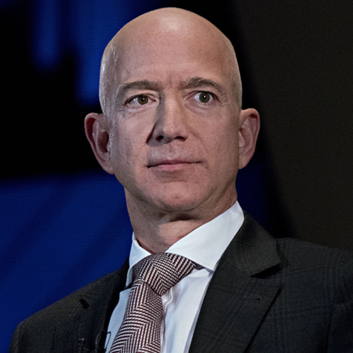 """This is what an actual """"looter"""" looks like.   How do we have more disdain for a desperate person taking items from Target than a man making billions at the expense of our collective?   Now more than ever, we must stand up to the tyranny of the ruling class.  #protests #JeffBezos"""