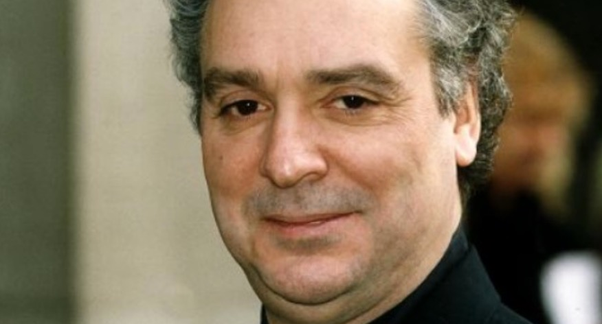 BREAKING Thomas the Tank Engine narrator Michael Angelis dies at 76 mirror.co.uk/3am/celebrity-…