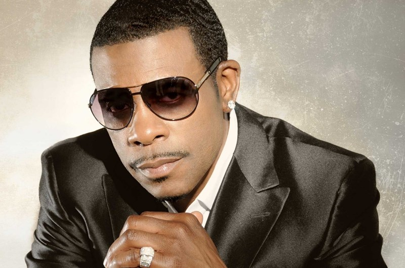 """Catch Slick Slack &""""The Showgram"""" coming up at 7pm, in concert this evening Blackstreet, After 7, Neyo, Keith Sweat, Heavy D & others...You got your front row seats to listen to these performers on """"THE VIBE""""...   https://t.co/H3k12WplKj https://t.co/jH8UrExmXF"""