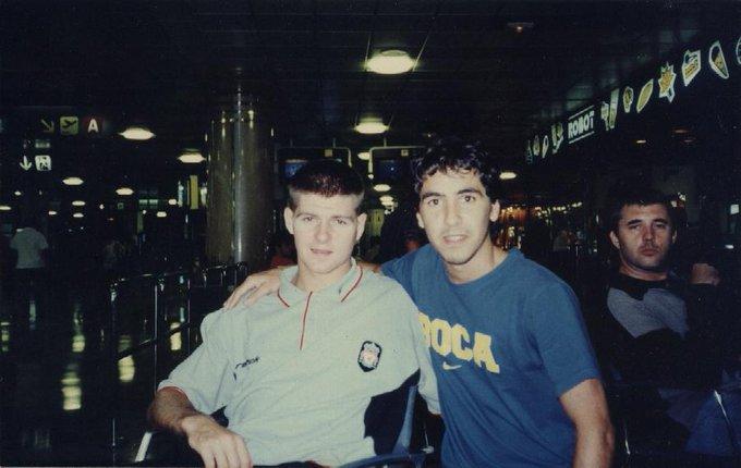 ¿Steven Gerrard?  De     Happy Birthday Steven!    2000