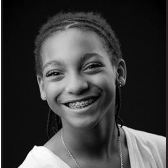 Makaila Jennings is a young adult who had already proven her leadership in science! This year's @NSTA Angela Awardee, she looks forward to her continued study of astronomy & astrophysics.  The Angela Award recognizes a female middle school student strongly involved in science. https://t.co/mUl5itWcbS