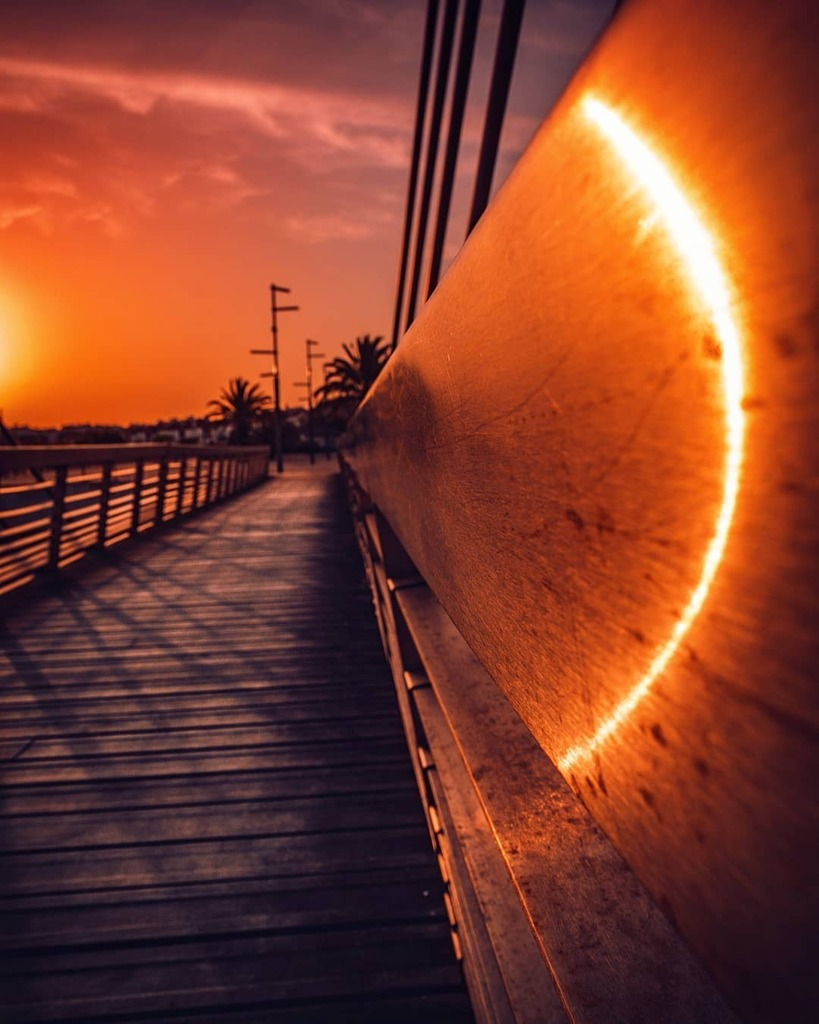 * **************************** * ****************************  18mm  1/200 sec  f/10  ISO 100 **************************** #sunset #sunsetmadness #sunsetportugal #sunset_hunter #sunset_captures #sunsetsky #sunset_pics #redsky #landscape #justgoshoot #lensfired #portu…pic.twitter.com/AwiNBeSZSL