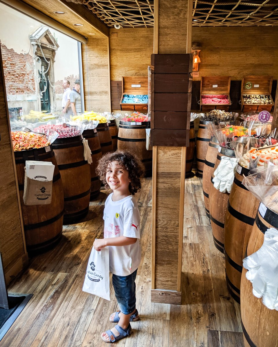 Being in Venice is like being a kid in a candy shop  Visit http://www.carryonwithkids.com   ⁣#familytravelplanner #familyvacation #familytraveltips #takethekids #nodistancetoofar #travelmom #candy #captaincandy #candyshop #sweets #kidincandystore #sugar #sugarrushpic.twitter.com/eczFRls8by