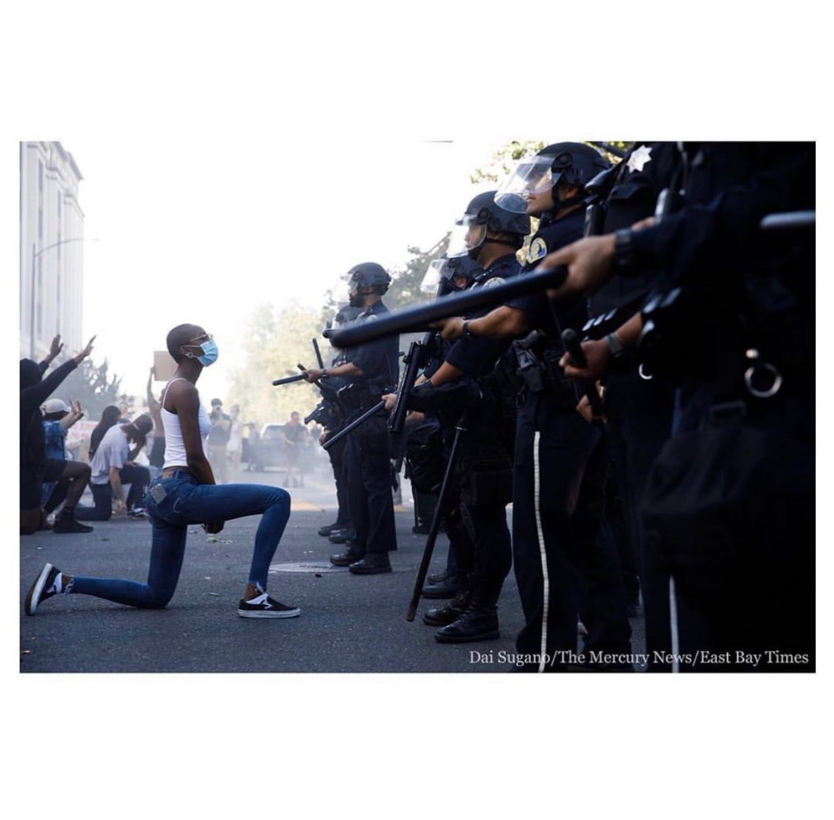 POWERFUL image by @daisugano during a protest in San Jose yesterday. #GeorgeFloydprotest #BlackLivesMatter