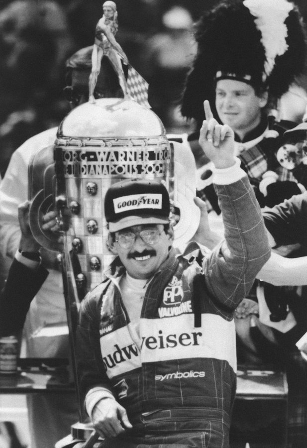 On this day in 1986, @BobRahal won the Indianapolis 500 #Indy500 https://t.co/MHCvss5xBP