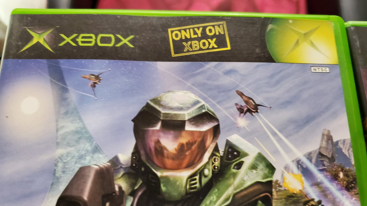 When Microsoft cared about Exclusives.... <br>http://pic.twitter.com/mTvCd26IZE