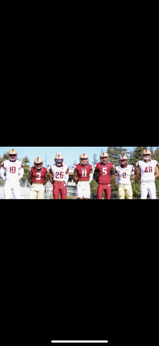 I'm excited to announce that I have received an opportunity to play at De Anza college💪🏾 thanks to @TerrenceIsaac1 @coachswaggtos @DeAnzaFB #golions https://t.co/fT4rnhFQpO