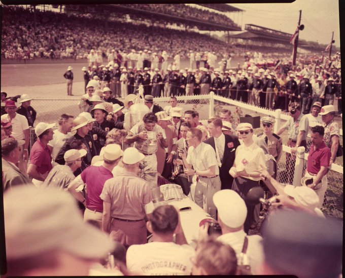 On this day in 1954, Bill Vukovich won the Indianapolis 500 #Indy500 https://t.co/8aVbCMQFRf