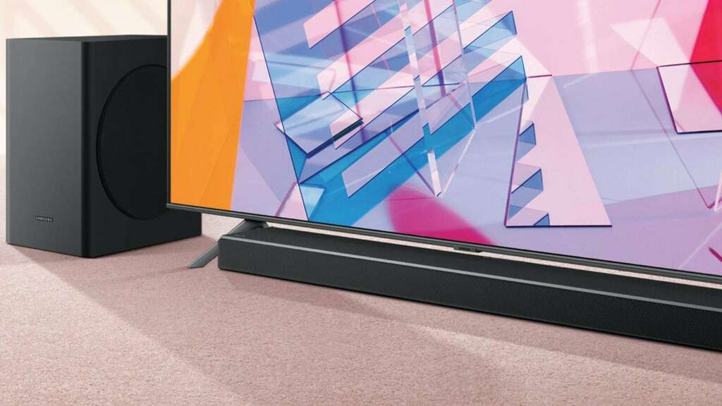 Samsung Q60T Acoustic Beam Soundbar envelops you in your home theater  https:// thegadgetflow.com/portfolio/sams ung-q60t/   …  #christmasgifthour<br>http://pic.twitter.com/IBUNEGMmz1