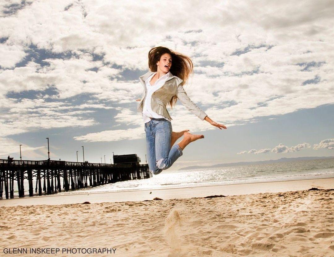 #SeniorPortraits on the #beach always a blast to capture.   #ocphotographer #NewportBeachPhotographer #NewportBeach #OrangeCounty #SealBeach #HuntingtonBeach #LagunaBeach #CoronaDelMarpic.twitter.com/vh7d7mJkKv