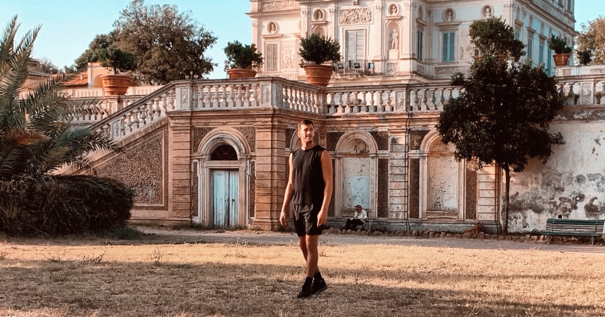 ⛲ #Rome #gaytravel: what should you expect? 🇮🇹  explains in the Rome #gaytravelguide ➡️   - @italytravels2 @rometheeternal @moscerina @IlovegayLGBT @queerdest #travelbloggers #CityzensAtHome #การท่องเที่ยว #roma #italia