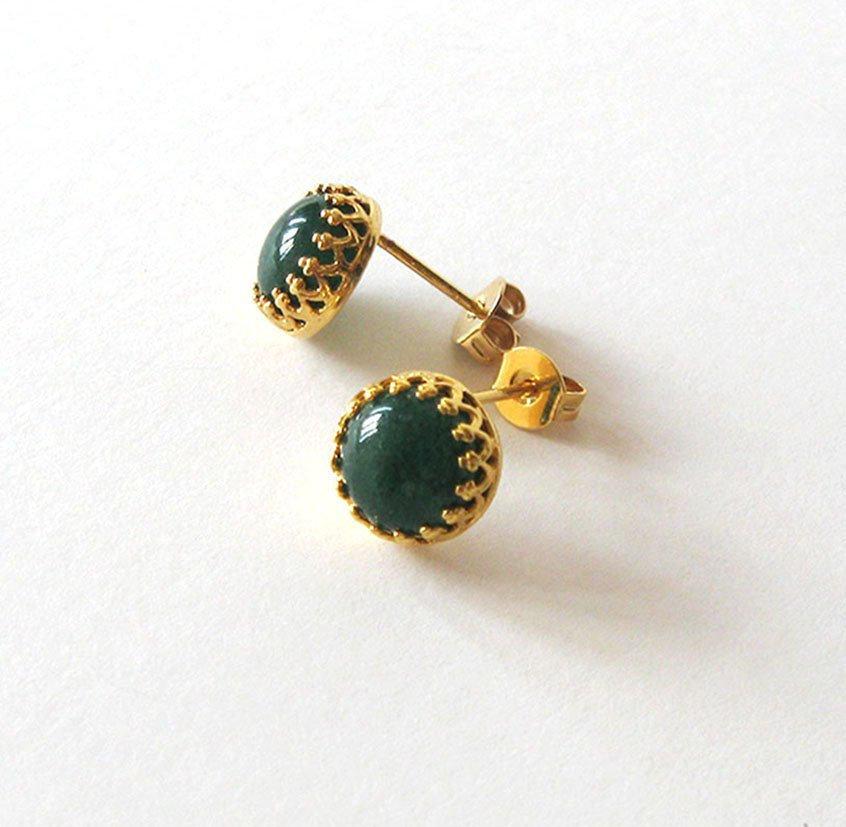 Aventurine Post Earrings, Gold Vermeil .925 Filigree Settings, Green Gemstone Studs, 8mm Cabochons https://etsy.me/2Qen9hf #jetteam #giftforwomen pic.twitter.com/q32y16NATw