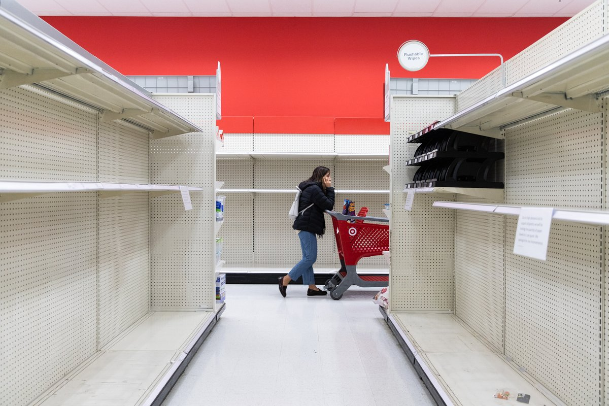 #Target temporarily closes dozens of stores nationwide, including #MountainView location https://t.co/GPQKUURorl https://t.co/npilyREPrV