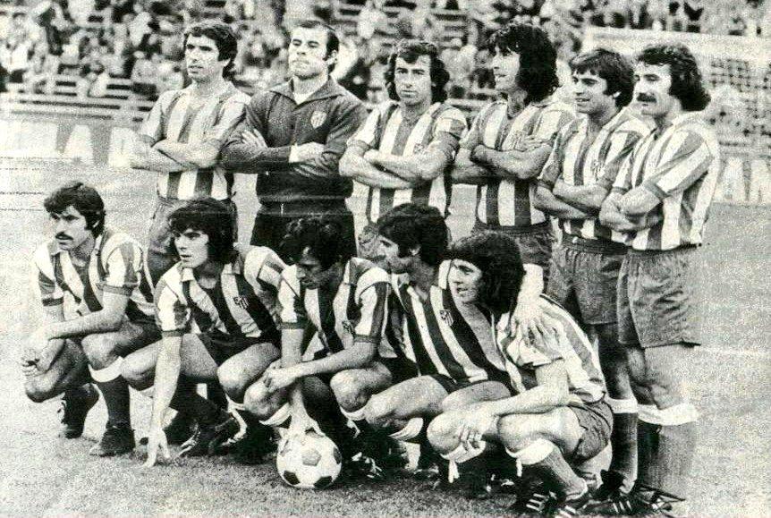 Once del Atlético con Capón. Fuente: Twitter Peña Bendita Locura