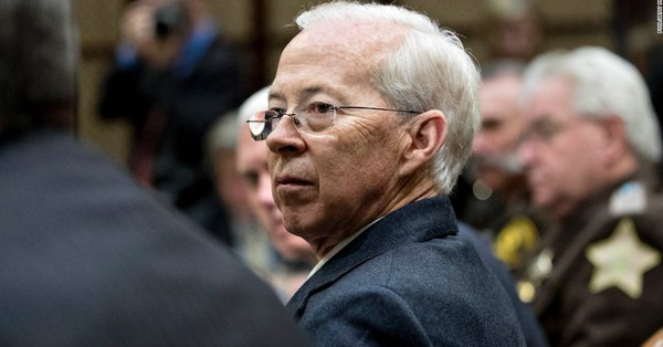 The FBI's top lawyer is resigning https://t.co/DA1pNx6Vvf https://t.co/A8xZwri5xA