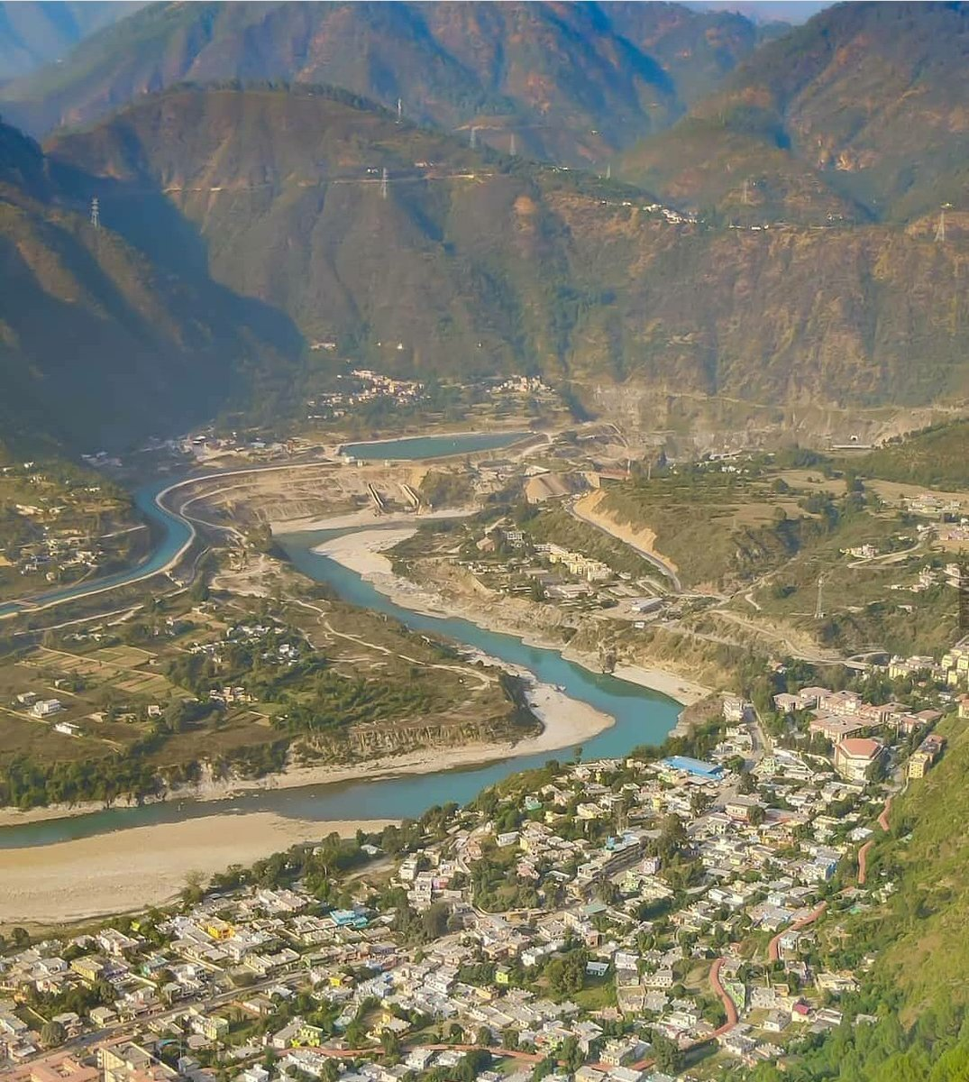 Hometown Srinagar Garhwal Uttarakhand.#Memory #routekedarnath #badrinath https://t.co/rYQDHNHDpx