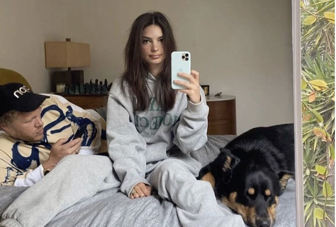 This LA brand makes its 100 per cent cotton sweats oversized and at an affordable price point – and @emrata is a big fan. https://t.co/kd4JdXwhcH https://t.co/oK2VVFxTAV
