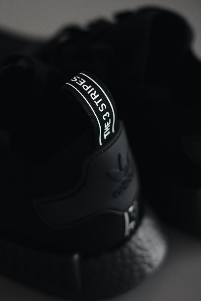I have enough sneakers - said no one ever  #kickfeed #igsneakers #igsneakerheads #dopekicks #sneakerfam #certifiedshot #sneakergallery #instakicks #todayskicks #kicksonfire #sneakernews #sneakerheads #sneakerplug #featuredfootwear #sneakerpics #nicekicks #soleysneakerspic.twitter.com/lJi3pFH0tN