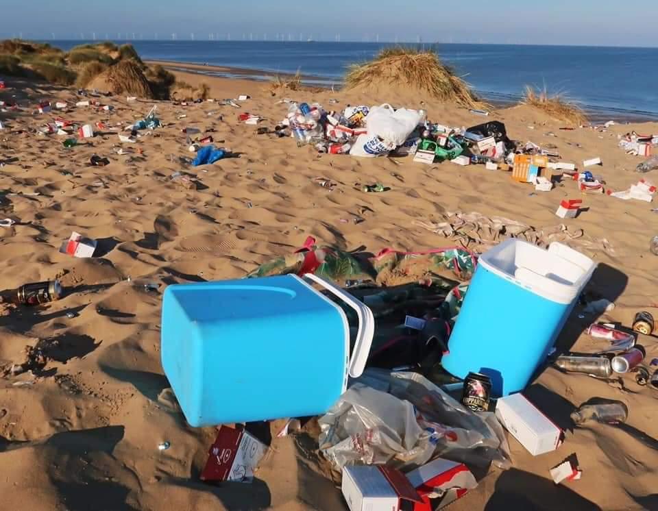 Formby beach this morning.   Not good. https://t.co/0uzBb6jfRt